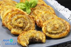 Caracolas de carne picada Thermomix Many recipe prescriptions are applied whe How To Make Dough, Food To Make, Fermented Bread, Mince Dishes, Baby Food Recipes, Healthy Recipes, Cooking Sauces, Healthy Eating Tips, Food Lists