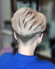 Short Wedge Hairstyles, Hair Models, Pixie Haircuts, Short Styles, Short Pixie, Pixies, Bangs, Hair Cuts, Hair Styles