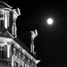 Luna llena... #madrid #places#lugares #arquitectura #architecture #building #edificio #fullmoon #luna #lunallena #monocromo #igersmadrid_bn #summer #verano  Heaven Knows  Robert Plant  A brand new human being razor sharp all firm and tan All clean all pure with a thirty second attention span As the clock strikes twelve and we're ready for party games You play blind man's bluff and I'll play out charades  Heaven knows What kind of fool am I Heaven knows Why you take an eye for an eye Heaven…