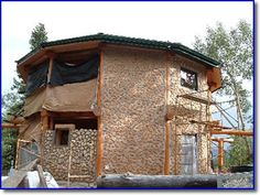 Bryan and Lois Pratt: cordwood dream home