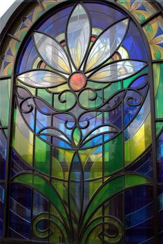 Beautiful Floral Stained Glass Window in Russia ♥