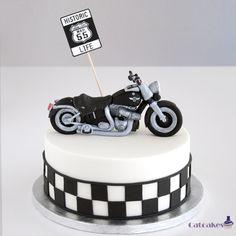 Fondant Cake Designs, Fondant Cakes, Cupcake Cakes, Motorcycle Birthday Cakes, Motorcycle Cake, Cake Designs For Girl, Cake Design For Men, Birthday Cakes For Men, Birthday Desserts