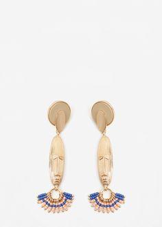 Pendientes cara -  Mujer | MANGO    Diseño en relieve  Abalorios decorativos  Cierre de tuerca