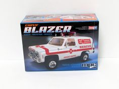 1976 Chevy Blazer Rescue SNAP New Plastic Model Kit MPC 797 1/25 - Shore Line Hobby