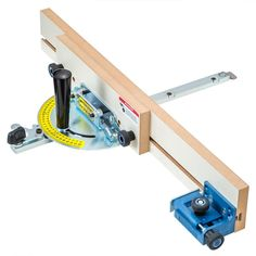 Quickly cut the lap joints for latticework, wine racks, torsion boxes, shoji screens and more! Woodworking Jigsaw, Rockler Woodworking, Woodworking Hand Tools, Woodworking Store, Woodworking Crafts, Wood Jig, Table Saw, Shop Plans, Canvas Crafts