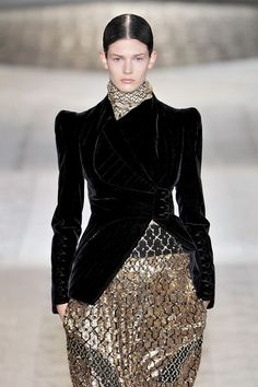Givenchy at Couture Fall 2009 - Runway Photos