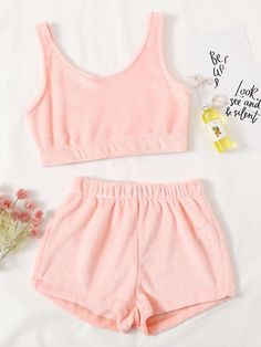 Korean Girl Fashion, Ulzzang Fashion, Ulzzang Style, Cute Swag Outfits, Crop Top Outfits, Girls Fashion Clothes, Fashion Outfits, Romwe, Kawaii Clothes