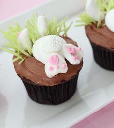 Oster-Cupcakes mit Hasen selber vorbereiten