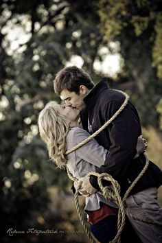 Tie the Knot. Cutest engagement picture idea especially for a western wedding :))