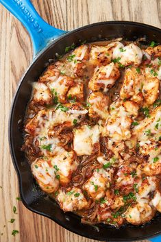 Cheesy French Onion Chicken Is Perfect Dinner - Yummy Recipes Easy Chicken Recipes, Easy Dinner Recipes, Fall Recipes, Easy Meals, Dinner Ideas, Onion Recipes, Christmas Chicken Recipes, French Recipes Dinner, Christmas Dinner Recipes