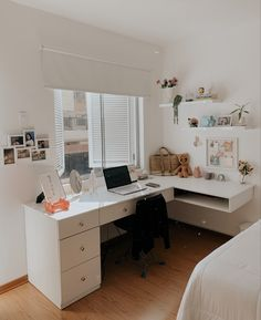 Room Design Bedroom, Room Ideas Bedroom, Small Room Bedroom, Home Room Design, Home Office Design, Bedroom Decor, Study Room Decor, Cozy Room, Aesthetic Bedroom