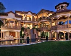 huge home with design of class and beauty and life of luxurious living