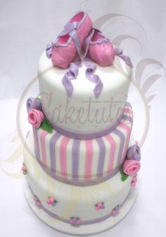 Ballerina Cake by Caketutes Cake Designer: Festa Bailarina