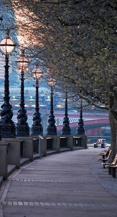 The Queen's Walk on the South Bank of the River Thames in London.. perfect for the shoot! The garment will blend into the surroundings beautifully. It would be great to catch the light at dusk like this