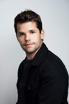 Max Carver, Max And Charlie Carver, Carver Twins, Percabeth, Teen Wolf, Wolf Spirit, Celebs, Celebrities, Pretty Hairstyles