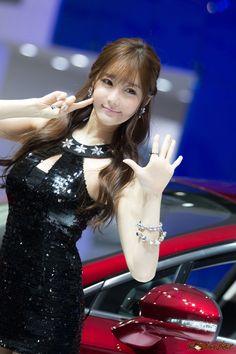Choi Seul Gi at Seoul Motor Show 2015 #forum #rajamobildotcom