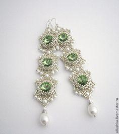 "Купить Серьги из бисера ""Clean"" (long) - зелёный, beads, beadsmith, swarovski, handmade, earrings, бисер"