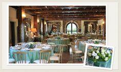 L'addobbo floreale scenografico. Bianco e verde.  www.laflorealedistefania.it   #fioriroma #addobbofloreale #allestimenti #matrimonio