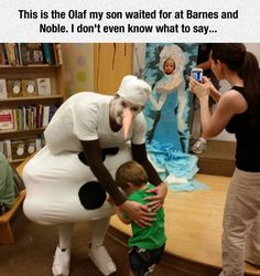 funny-Frozen-costume-man-awful-crying