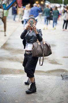 Berlin Fashionweek! ♥ Wir waren dabei, um für euch die neusten Trends aufzuspüren. Gutes Schuhwerk und Standvermögen sind absolute Voraussetzung für diesen Job. Hier sind ein paar unserer ersten Eindrücke und Fotos! @ www.mycolloseum.com/blog/index.php