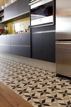 Ladrilhos Hidráulicos: infinitas possibilidades - Silvia Romanholi :: Design de Interiores