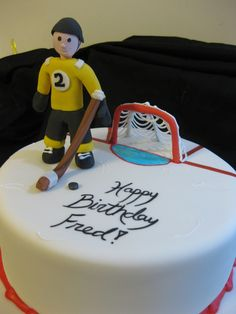 Lately we've had many requests for hockey-themed cakes along with one figure skating cake. In case you have hockey fever and can't make it to a Bruin's game Hockey Birthday Cake, Hockey Party, Ice Hockey, Birthday Cakes, Cake Cookies, Cupcake Cakes, Cupcakes, Hockey Cakes, Sport Cakes