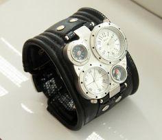 Mens montre Bracelet en cuir Pathfinder-2 . Montre par dganin