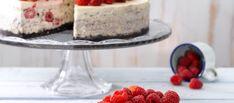 Oreo-juustokakku vadelmilla ja limellä: https://www.keksihylly.fi/reseptit/oreo-juustokakku-vadelmilla-ja-limella/