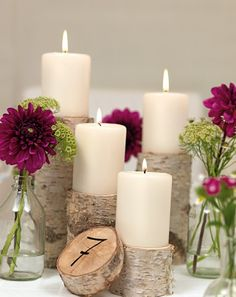 Natürliche Tischdekoration mit Dahlien und Birkenstämmen – natural wedding table decoration with birchwood and dahlias – www.weddingstyle.de