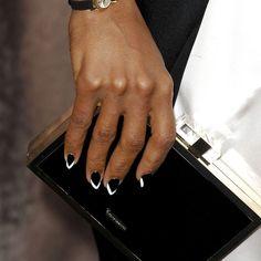 Kerry Washington with monochrome nails unhas decoradas