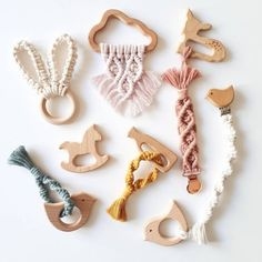 Macrame Design, Macrame Art, Macrame Projects, Macrame Knots, Etsy Macrame, Baby Gym, Handmade Christmas Decorations, Teething Toys, Macrame Patterns