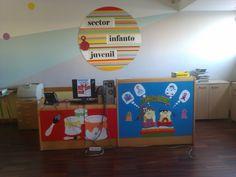 Decoração de natal. Sector infanto-juvenil. Dezembro 2014.