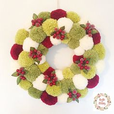 Wreaths are a classic Christmas tradition and they're great fun to make! Here's a list of over 80 beautiful Christmas ideas. Christmas Pom Pom Crafts, Felt Christmas, Homemade Christmas, Christmas Decorations, Crochet Christmas Wreath, Handmade Christmas Gifts, Pom Pom Wreath, Diy Wreath, Wreath Ideas