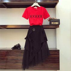 Kpop Fashion Outfits, Ulzzang Fashion, Korean Outfits, Cute Fashion, Asian Fashion, Modest Fashion, Look Fashion, Girl Fashion, Fashion Design
