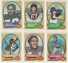 Lot of (6) 1970 Topps Football Cards