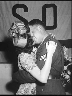 kissing at the USO dance