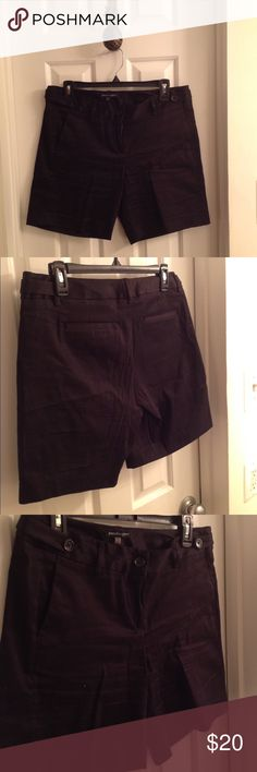 Black shorts! Staple item! My mom gave me these thinking they would be adorable on me but unfortunately they are quite big on me🙁 they are dressed up a bit by the pockets in the back but extremely soft and perfect for touring, grocery shopping, watching a soccer game, etc! Shorts Bermudas