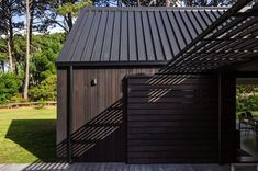 CAAHT Studio Architects created a retreat consisting of two gable cabins in Matarangi, a town on the Coromandel Peninsula of New Zealand. Indoor Outdoor Living, Outdoor Rooms, Cedar Cladding, Living In New Zealand, Beach Design, Cabin Homes, House Tours, House Plans, Outdoor Structures