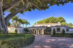 Ricky Martin's former Miami house - View more on the Mansion Homes app. #mansionhomes #realestate #luxuryhome #mansion #luxuryrealestate