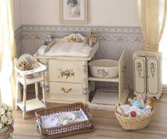 Mand met servies en accessoires voor baby miniatuur door MINIATURAFR