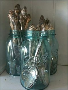 Display that pretty flatware!  Click here for a fun article showing 22 creative ways to use Mason/Ball jars:  http://www.tidbitsandtwine.com/22-creative-decorative-uses-for-mason-jars/