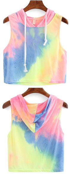 Online shopping for Rainbow Ombre Hooded Crop Top from a great selection of women's fashion clothing & more at MakeMeChic. Teen Fashion, Fashion Outfits, Womens Fashion, Outfits For Teens, Cool Outfits, Make Me Chic, Batik, Cute Crop Tops, Tumblr Outfits