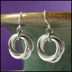 Mobius Simple earrings