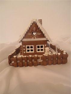 Verči do školky,jiný pohled Gingerbread Houses, Gingerbread Cookies, Christmas Gifts, Xmas, Fancy Cookies, Goodies, Birthdays, Easter, Sweets