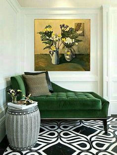 I love the cute look of this space. It is well put together and decorated nicely. I like the use of decorative accents that make the whole room standout. The Best Green Color Combinations for Decorating Decor Interior Design, Interior Decorating, Decorating Ideas, Decor Ideas, Decorating Websites, Diy Ideas, Chaise Longue Design, Contemporary Decor, Modern Decor