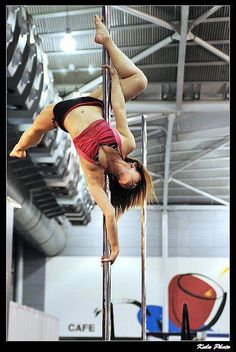 Pole fitness IS a sport. and this pose looks awesome and really hard XD Pole Dance Moves, Yoga Dance, Pole Dancing, Pole Dance Sport, Pole Dance Fitness, Fitness Goals, Fitness Motivation, Pole Tricks, Partner Yoga
