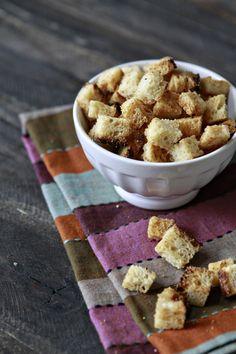 Homemade Sourdough Garlic Butter Croutons (Garlic Butter Topping)