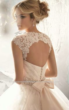 Discount ! Designer White Beaded Tulle Ball Gown Wedding Dresses China 2014