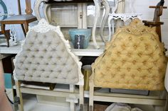 Paint fabric with Annie Sloan chalk paint!