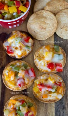 Adorable!!! Mini Open Faced Veggie Bites only 1 WW Point each! -Perhaps use wheat wraps or corn tortillas instead of flour tortillas also sautéing onion and garlic before adding as a topping. Also low-fat mozzarella